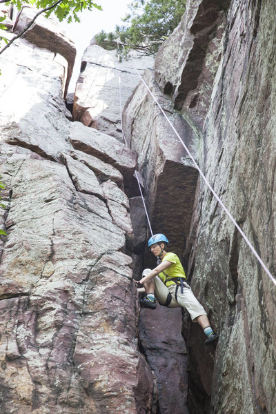 Rock Climbing Photo: Comfortable stemming up to the ceiling/chockstone ...