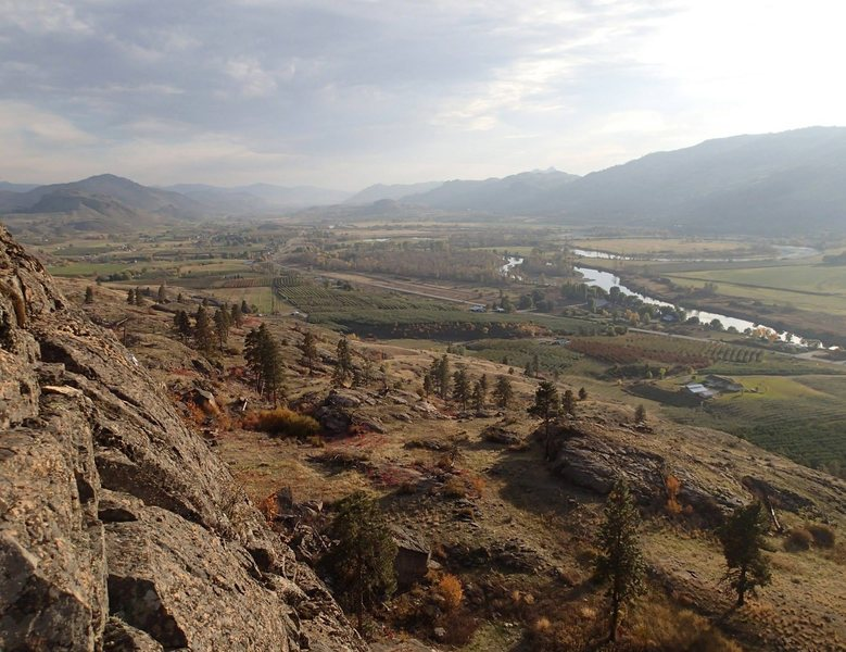 View south down the Okanogan from the top of the West Wall