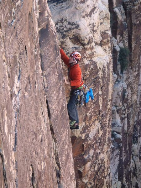 Rock Climbing Photo: The leader of a french party of 3 efficiently danc...