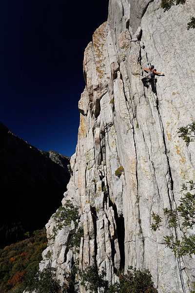 Rock Climbing Photo: Laura Sasso leading Satan's Corner.