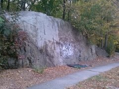 Rock Climbing Photo: Lawrence Road Cut.