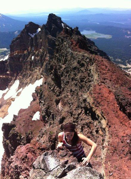 Rock Climbing Photo: Elissa on the 4th class summit pitch of broken top