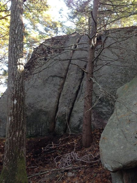 Rock Climbing Photo: Kookaburra Crack (5.7) is on the left.  To the rig...