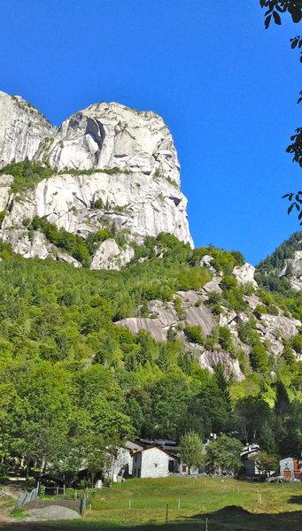 Rock Climbing Photo: Yosemite valley of Europe. rjohnasay.blogspot.com/...
