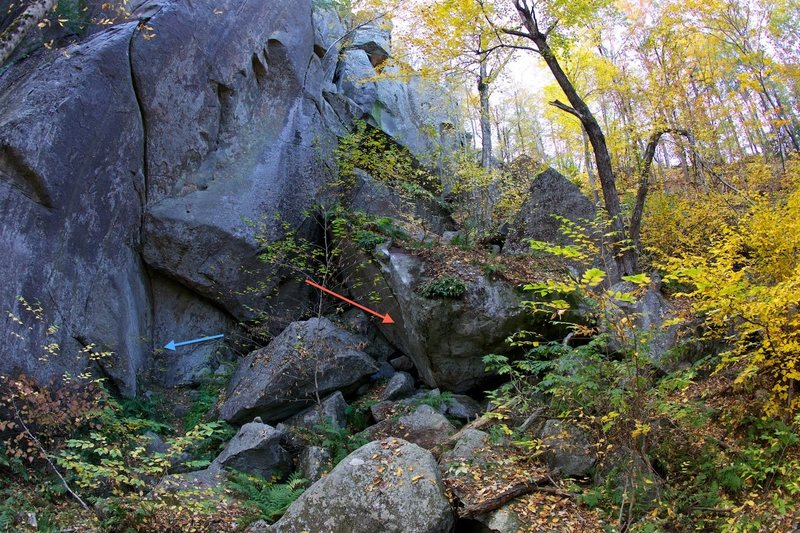Rock Climbing Photo: This should help people find the climb. The red ar...