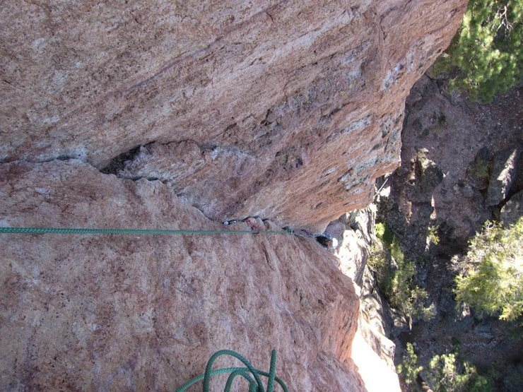 Rock Climbing Photo: The beautiful finger crack of the 1st pitch