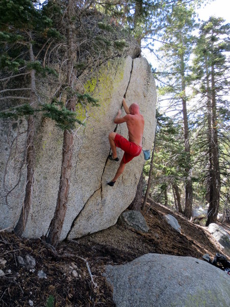 Rock Climbing Photo: Mini splitter.  Photo by Dave Evans.