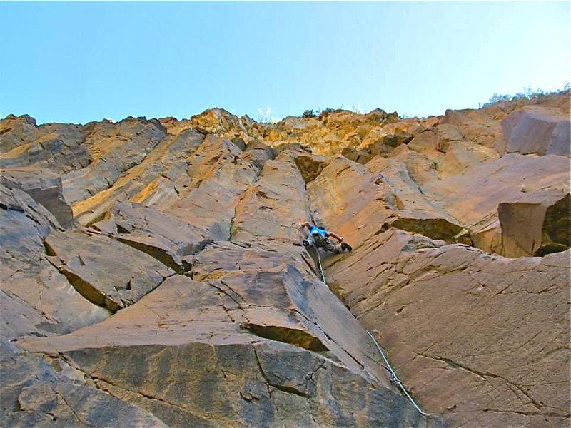 Rock Climbing Photo: Onsighting American casear