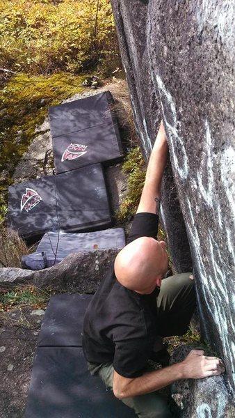 Rock Climbing Photo: Kraig Decker doing the start