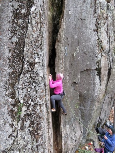 """Rock Climbing Photo: Leslie Smith starting up """"Like Old Times,&quo..."""