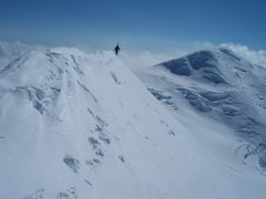 Rock Climbing Photo: The knife ridge of Mount Churchill with Mount Bona...