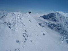 Rock Climbing Photo: The knife ridge of Mount Churchill with Mount Bona...