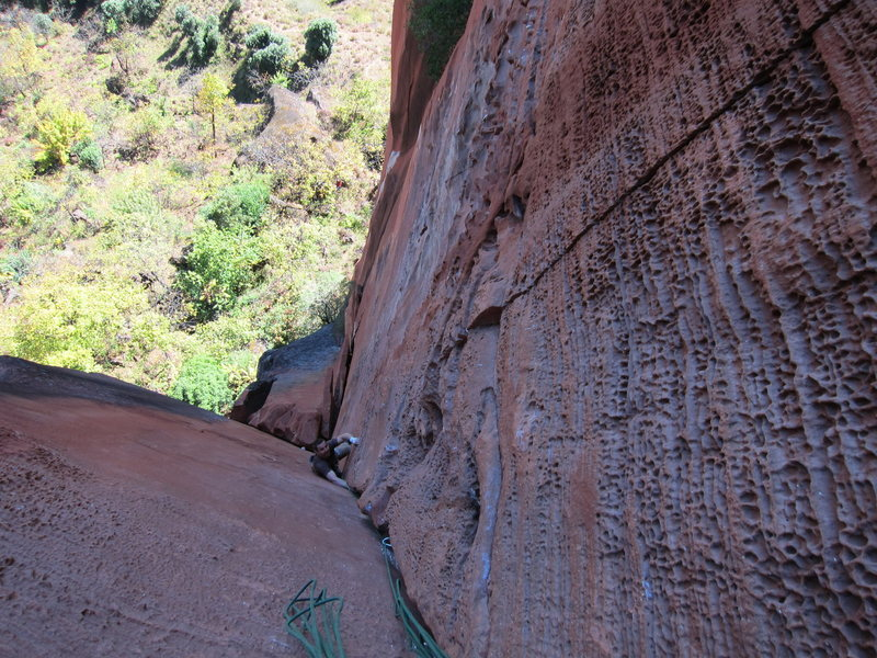 Rock Climbing Photo: Looking down on the beautiful honeycombing corner.