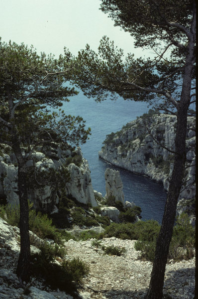 Rock Climbing Photo: En vau- 1980.  The routes were all polished then!