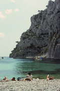 Rock Climbing Photo: Great sea level traverse goes for a loooong way.  ...