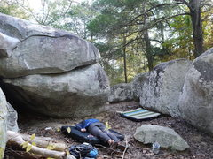 Rock Climbing Photo: Up right side of The Spoon boulder