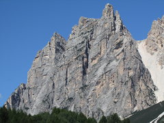 Rock Climbing Photo: Western portion of Pomagagnon Group; Forcella Poma...