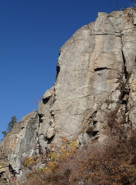 Rock Climbing Photo: Rattle and Hum arete from the south