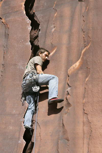 Rock Climbing Photo: Ryan on Serrator Crack.
