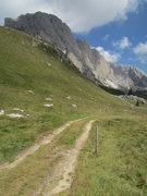 Rock Climbing Photo: Approach path to Grosse Fermeda and Sass Rigais.
