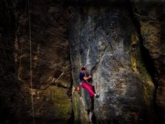 Rock Climbing Photo: On Pretzel at crux (Double Overhang to the left si...