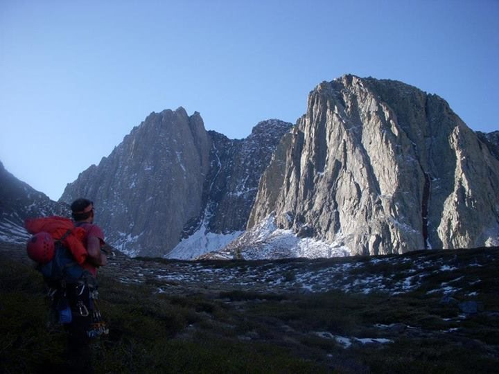 Rock Climbing Photo: Mount Morrison with Torre De Mierda in the right f...