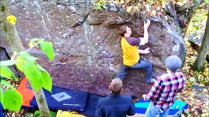 Rock Climbing Photo: Cross