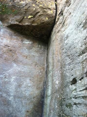Sweet crack that has good gear placements. Ledge and offwidth you can squeeze into for a rest