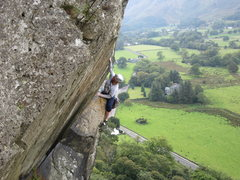 Rock Climbing Photo: Climbing in Borrowdale .. The Bludgeon E1 climber ...