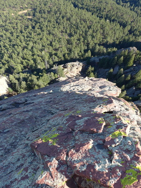 Rock Climbing Photo: Looking down the southern edge.