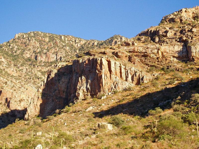 Rock Climbing Photo: Ozzy Cliff Bands