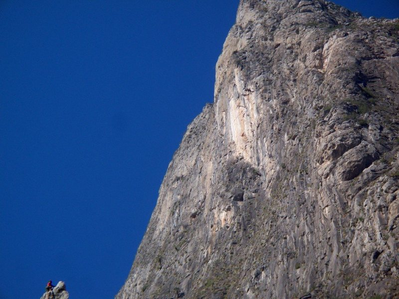 Rock Climbing Photo: Checking out the Outrage Wall from the top of the ...