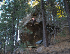 Rock Climbing Photo: Almost safe on Hot N Spicy v8