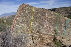Rock Climbing Photo: The Slabalicious Boulder route guide:  Red - The S...
