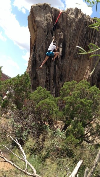 Taylor Elsey on the second ascent of 'blow holes'.
