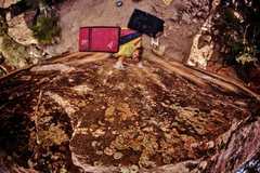 Rock Climbing Photo: Working the two-finger gaston on a Bucket Racer Bo...