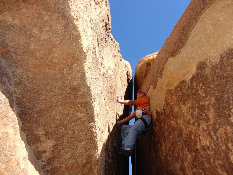 Rock Climbing Photo: Don Reyes on the start of Window to the Future.