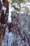 Rock Climbing Photo: Rick Barrett at the crux bulge on Hobbit Couloir.