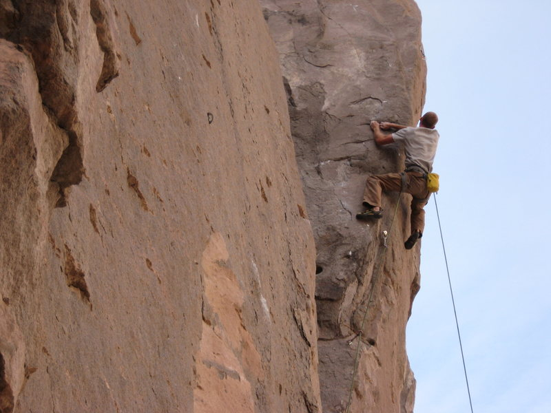 Rock Climbing Photo: The burly opening crux of Steelhead.