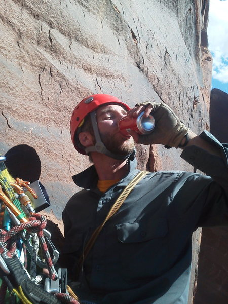 Enjoyin some diesel towards the top of a two-day mini wall in Moab. 45' worth of falling over three hucks in the dark the night before, and green bile-yaking into the black overhanging void
