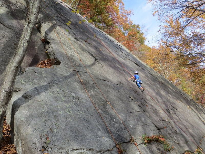 Rock Climbing Photo: Slab to Corner follows the left-most rope to the l...