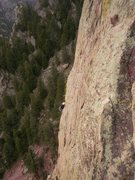 Rock Climbing Photo: The pitch to the little tree ledge.