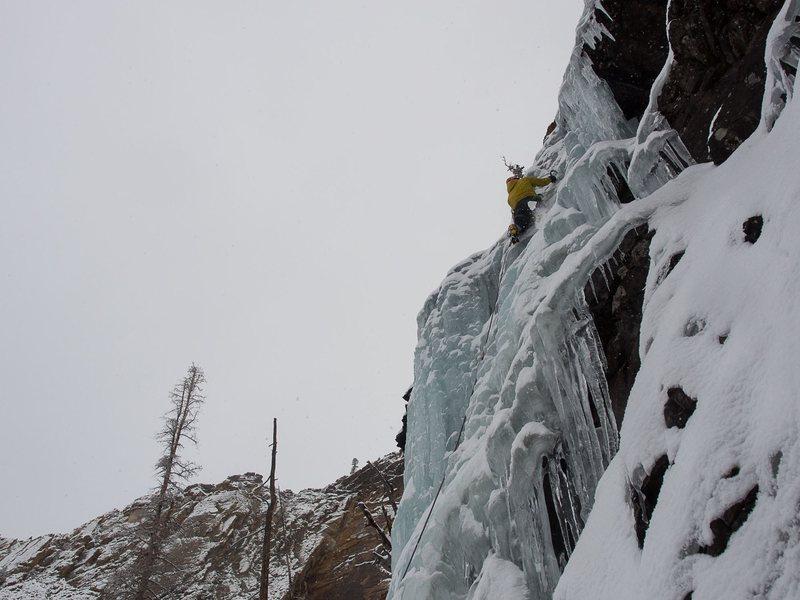 Rock Climbing Photo: photo: Kai Larson  Garret Nuzo-Jones leading