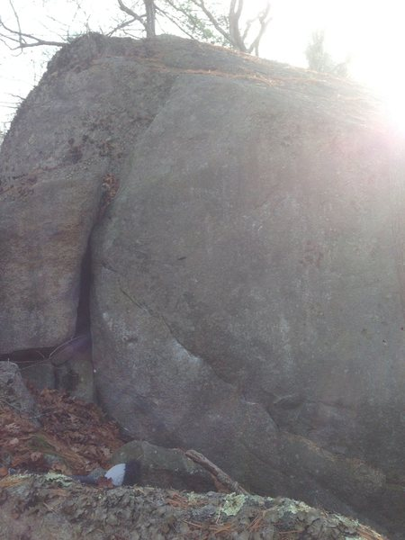 Rock Climbing Photo: Bad pic, good lines.  Shell Game (V2) is on the le...