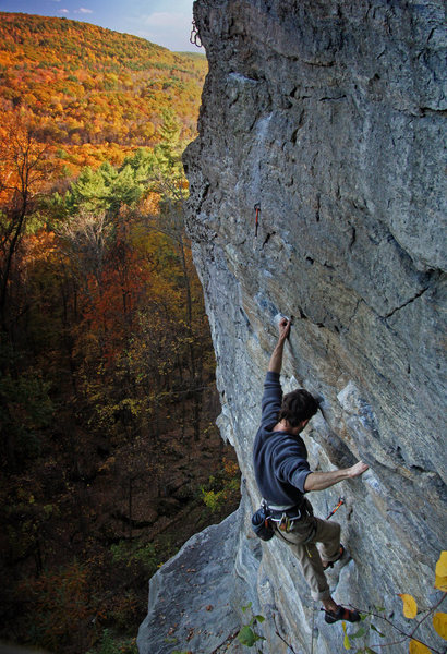 Rock Climbing Photo: Beautiful Fall day on Cuddlefish .11a  benjamin-ma...