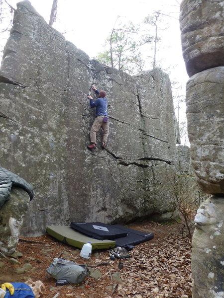Rock Climbing Photo: El Classico V0