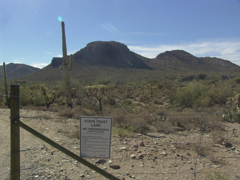 The entrance to the Dirt Road off of the 60 Superstition Freeway.