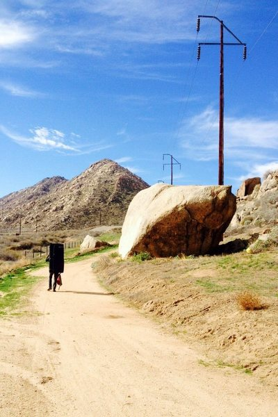 Rock Climbing Photo: Roadside boulder !!!