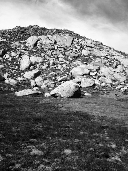 More Mystic boulders, Bernasconi ridge.<br> The Savana boulder is the closest rock in foreground of this photo.