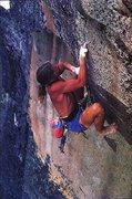 Rock Climbing Photo: Skip Guerin barefoot on the Alien Roof (5.12b), Yo...